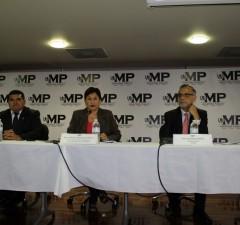Conferencia drogas, dinero y poder local